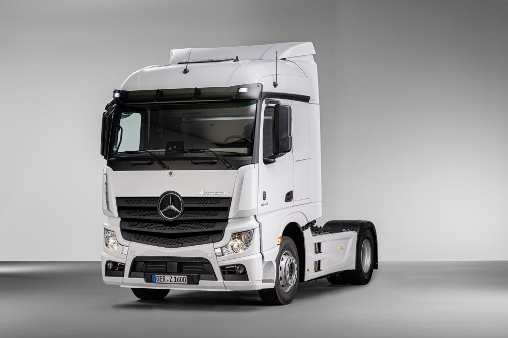 Novo Actros F